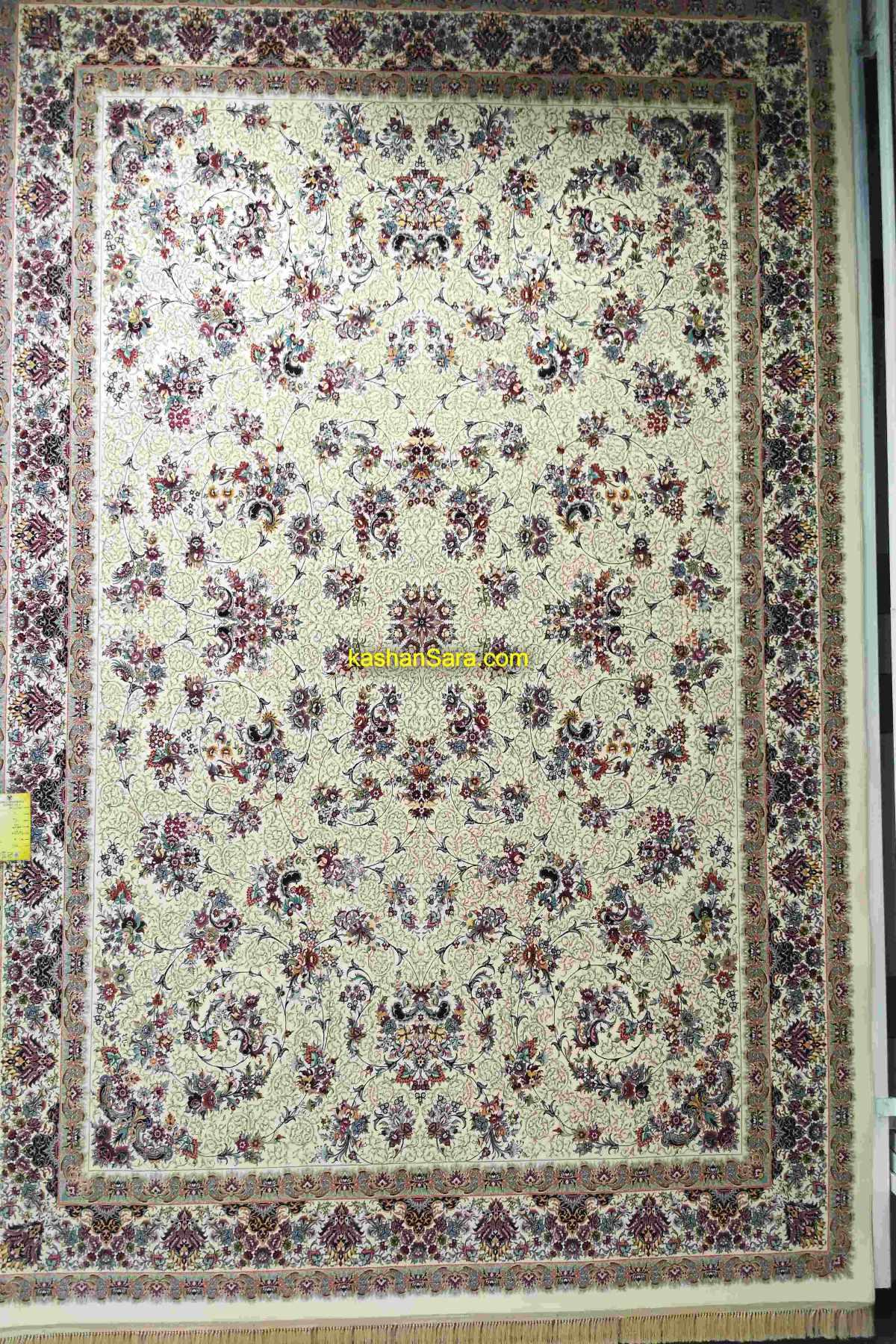 فرش ۱۲۰۰ شانه کاشان طرح زنبق