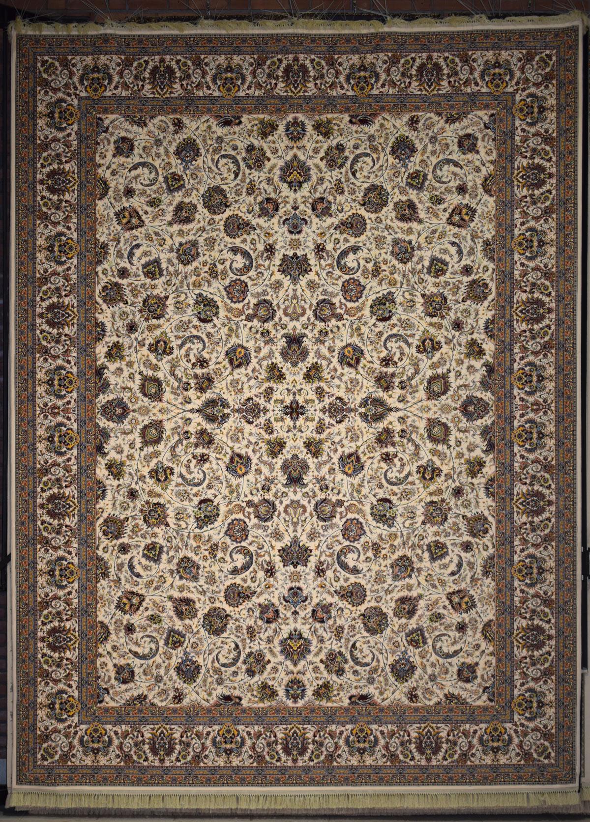 فرش طرح یادگار ۱۲۰۰ شانه کرم حاشیه کرم
