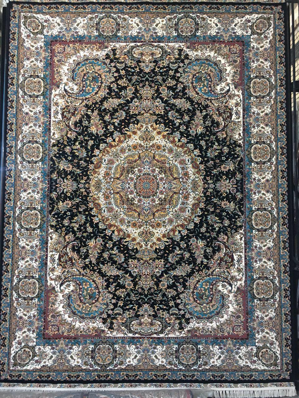 فرش ۷۰۰ شانه طرح خطیبی