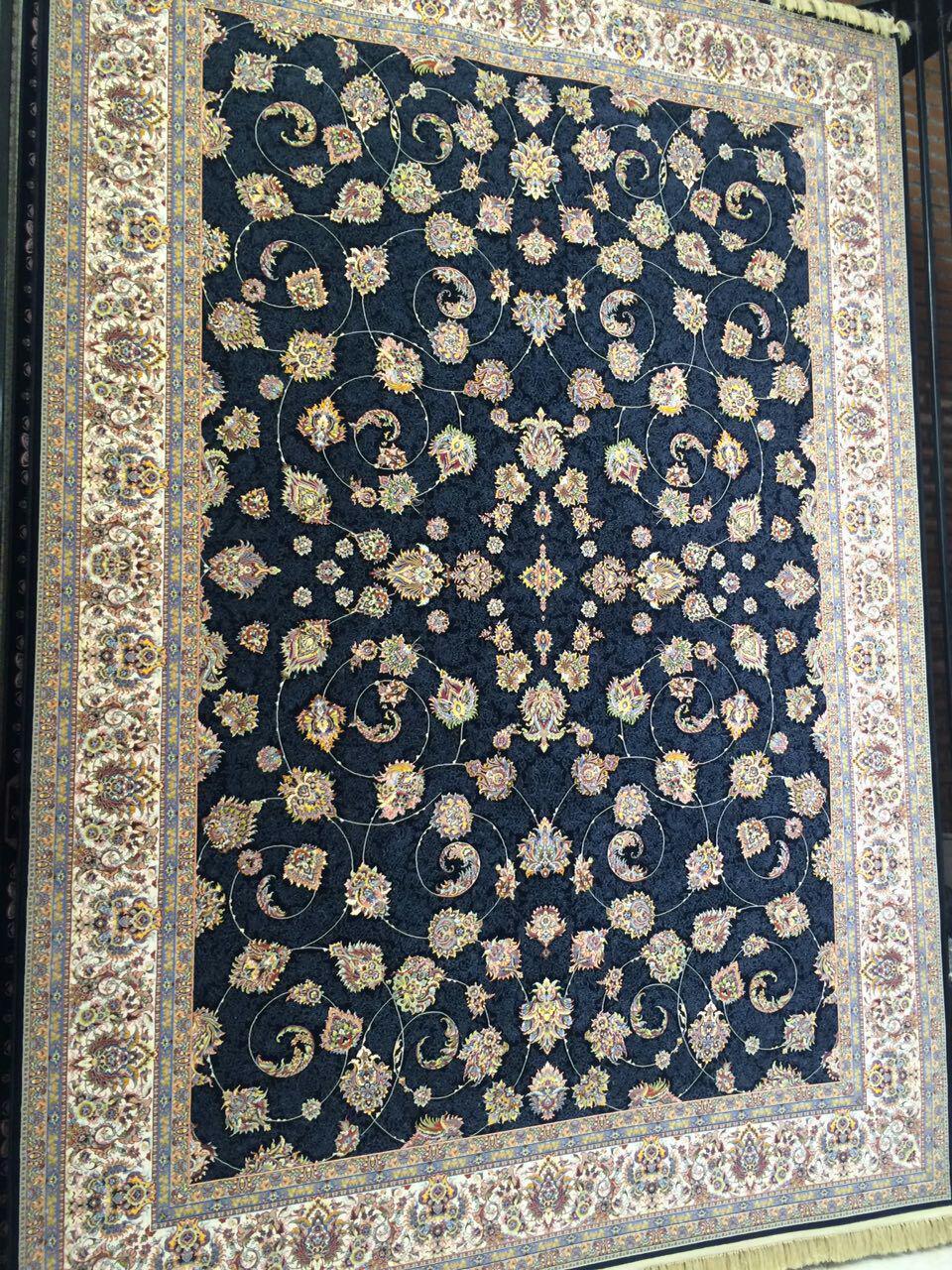 فرش زیبای ۱۲۰۰ شانه بافته شده با نخ ترک با لطافت بسیار بالا
