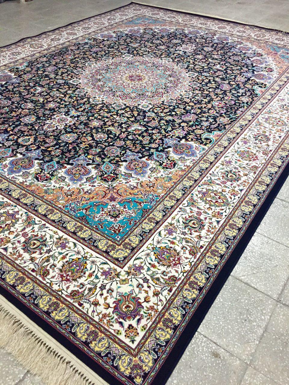 فرش ۱۲۰۰ شانه طرح نایین